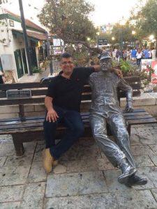 מול בית זאב לופו ניימן והפועל העברי