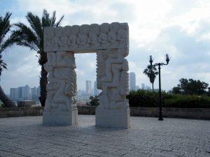 פסל האמונה של דניאל כפרי ביפו