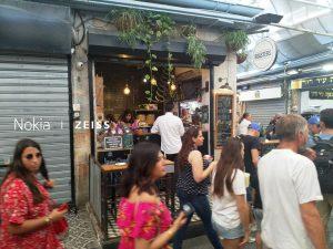 ברחוב עץ החיים בשוק מחנה יהודה