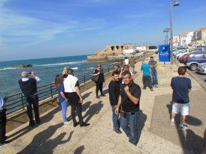 סיור סיור טיול בעכו במצודה הטמפלרית על חוף הים של עכו.