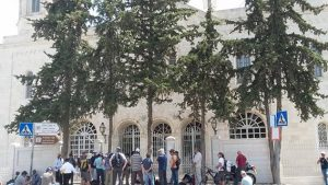 סיור במגרש הרוסים בירושלים