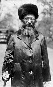 הרב קוק מתוך הוויקיפדיה