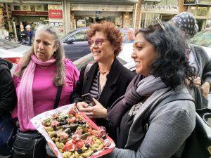 """סיור טעימות אצל """"מעדניית יום טוב"""" בשוק לוינסקי בדרום תל אביב."""