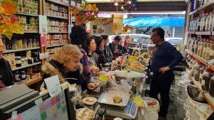 סיור י טעימות בשווקים של תל אביב לימי הולדת-סיור בשוק לוינסקי בפלורנטין