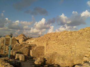 סיור במצודת אשדוד ים המוסלמית והממלוכית.