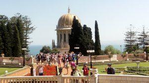 """סיורים מודרכים בחיפה """"הגנים הבהאיים עם קבוצה""""."""